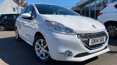 Peugeot 208 1.2 VTi Active 5dr Hatchback Petrol White at Clarion Cars Worthing